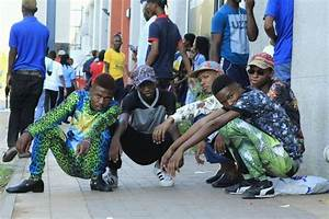 Uniofficial #izikhothane for life - Home | Facebook