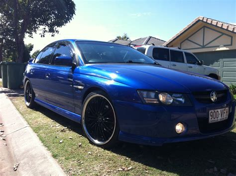 holden commodore ss vz car sales qld brisbane