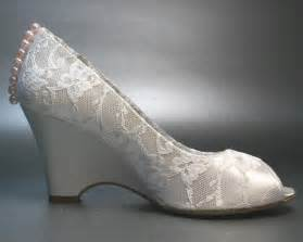wedding shoe wedges wedding shoes ivory wedges with ivory lace overlay and pink