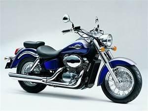 Honda Shadow 750 Fiche Technique : honda vt 750 shadow c2 2000 galerie moto motoplanete ~ Medecine-chirurgie-esthetiques.com Avis de Voitures