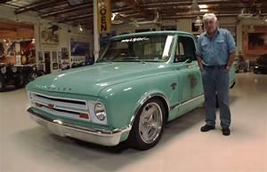 Garage Chevrolet : jay leno 39 s garage stars a chevy c10 resto mod gm authority ~ Gottalentnigeria.com Avis de Voitures