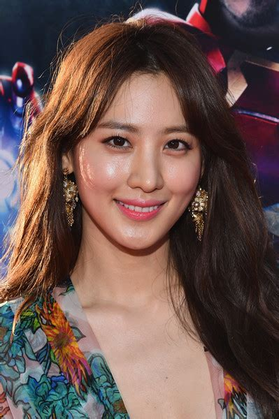 claudia kim   world premiere  marvels