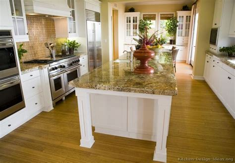 kitchen island posts 1000 images about kitchen islands on