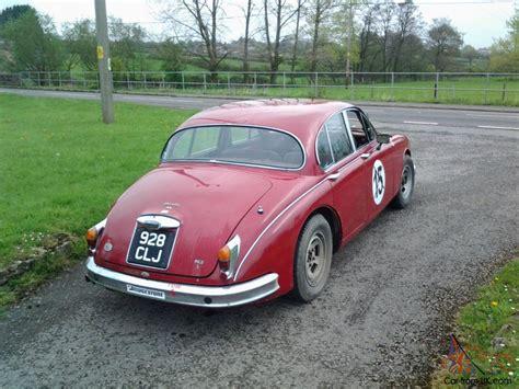 Jaguar Mk2 Classic Race Car 38