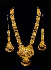 Long Gold Necklace Designs