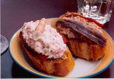 cuisine basque file pinchos txaka bonito jpg wikimedia commons