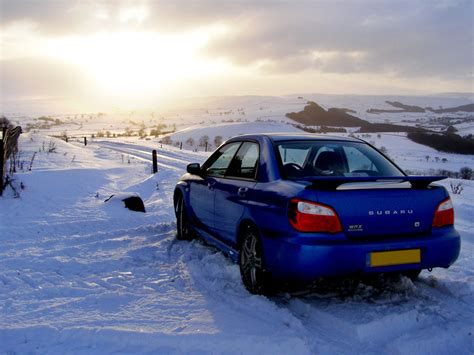 subaru snow subaru snow drift wallpaper www imgkid com the image