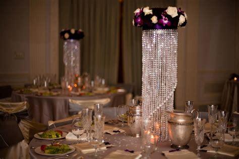 chandelier wedding centrepieces 25 best ideas about chandelier centerpiece on