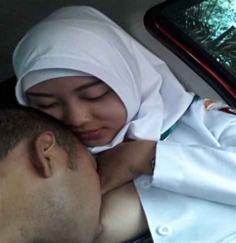 Kumpulan Foto Cewek Jilbab Kerudung Sedang Mesum Bugil