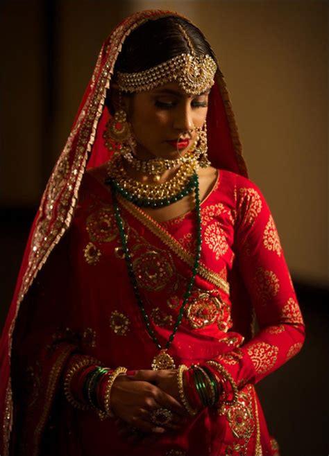 elegant punjabi wedding saree ideals trending  year