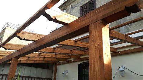 tettoia in legno fai da te pergolato in legno fai da te con tettoie per esterni