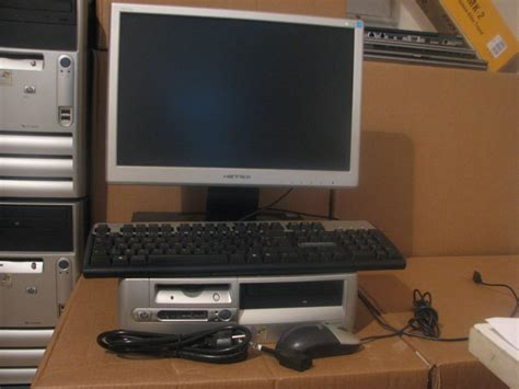 pc de bureau hp pc de bureau hp d530 p4 2 6ghz 2 g 160g ecran plat 17