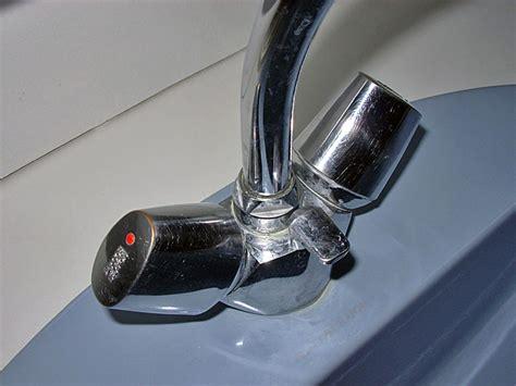comment demonter un robinet mitigeur de cuisine démontage robinet mélangeur jacob delafon conseils