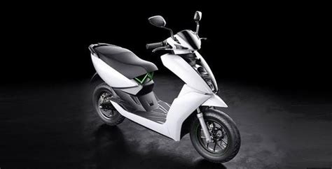 What Is The Difference Between An Electric Scooter And An