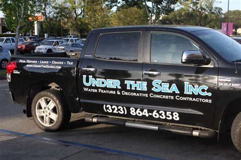 vehicle lettering truck lettering car lettering
