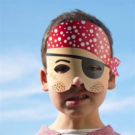 basteln mit jungs piraten masken papier ausschneiden ideen jungs basteln kinder