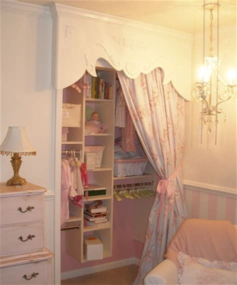 how they changed a simple closet to a princess closet
