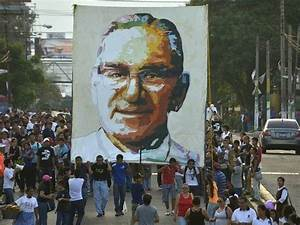 Was Catholic  U2018martyr U2019 Oscar Romero A Marxist