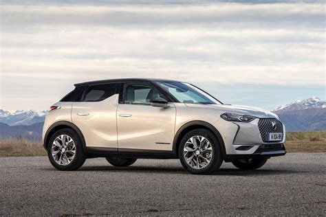 ds  crossback  practicality boot space