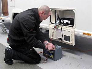 Breaking Down The Caravan Auxiliary Battery Kit