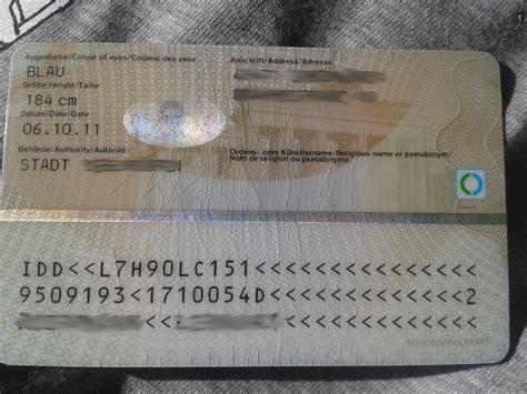 leichte risse im personalausweis problem fuer flug