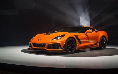 corvette supercar the 2019 corvette zr1 is a 755 hp all american supercar