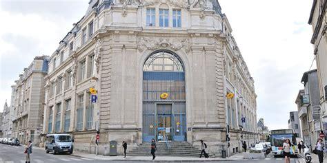 bureau de poste hotel de ville la poste hôtel de ville poitevins fr
