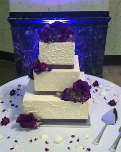 15 best Wedding Cakes images on Pinterest   Square shaped ...