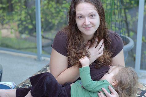 Women Breastfeeding Older Children Wwwpixsharkcom