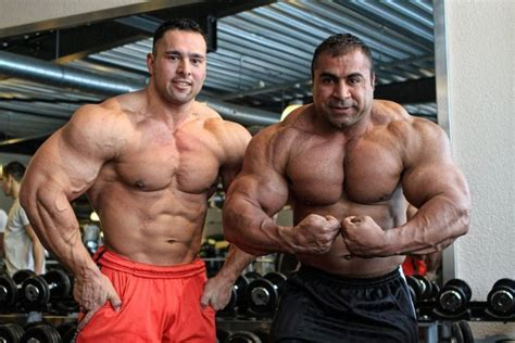 Muscle gallery: Khalid Almohsinawi Big Powerful People