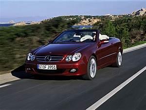 Mercedes Clk 320 Cabriolet : mercedes benz clk cabrio a209 specs photos 2005 2006 2007 2008 2009 autoevolution ~ Melissatoandfro.com Idées de Décoration