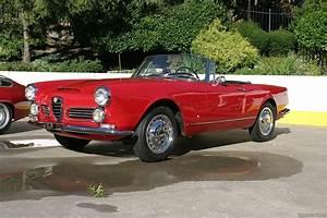 Alfa Romeo Spider 1968 : 1961 1968 alfa romeo 2600 alfa romeo ~ Medecine-chirurgie-esthetiques.com Avis de Voitures