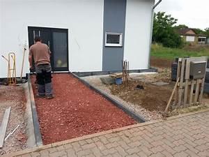 Drenasche Ums Haus Legen : erste pflasterarbeiten haben begonnen der hauszugang ~ Lizthompson.info Haus und Dekorationen