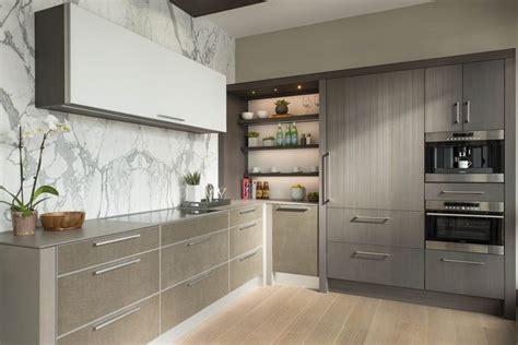 marble backsplash in kitchen 10 best bentwood of dallas porcelana strata images on 7362