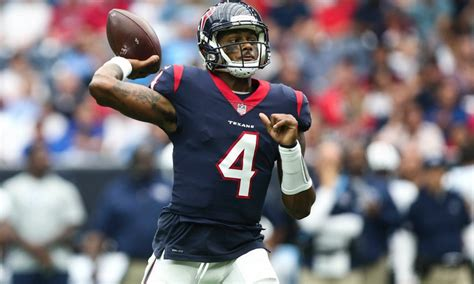 deshaun watson tops  rookies  nflpa top  sales list