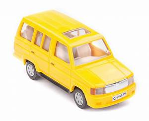 Buy Centy Toyota Qualis Pullback Car Toy (Yellow) Online