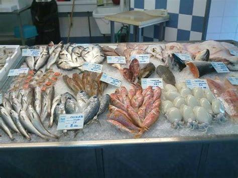 banco pescheria il banco della pescheria foto di friggitoria musa san