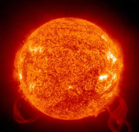 Incredible close up of our Sun, taken from outer space ...