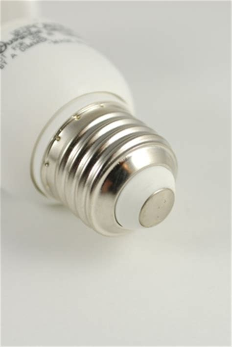 hot to tell which lightbulb is out how to determine light bulb base type ehow