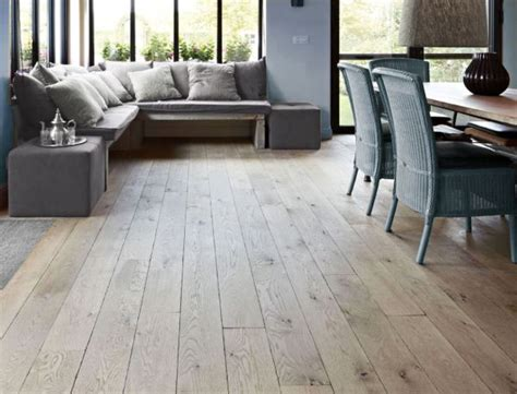 cuisine chene blanchi 17 best ideas about parquet sol on blanc