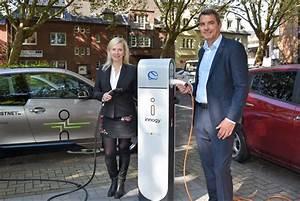 Ladestation Elektroauto öffentlich : ladestation f r elektroautos auf dem parkplatz am rathaus ~ Jslefanu.com Haus und Dekorationen