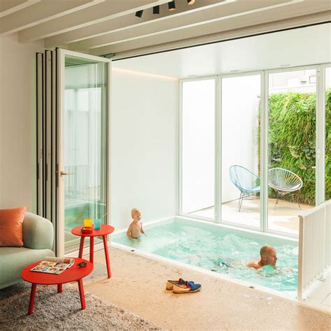 Pool Im Wohnzimmer by Indoor Pool In Your Living Room Captivatist