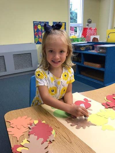 scholars preschool 157   having fun