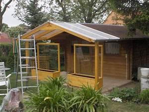 Gartenhaus terrassen berdachung naturstein terrasse for Gartenhaus terrassenüberdachung