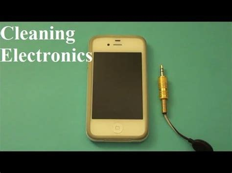 how to clean iphone headphone how to clean electronics iphone computers mp3 players