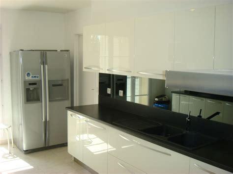 cuisine blanc laque pas cher cuisine carmacucine laqu 233 e blanc brillant sadeco le sp 233 cialiste en cuisines et salles de