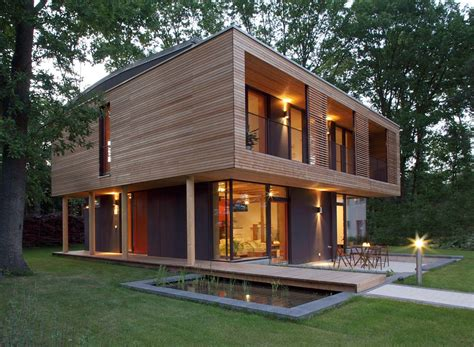 Wooden Houses : Beautifully Designed Passive House