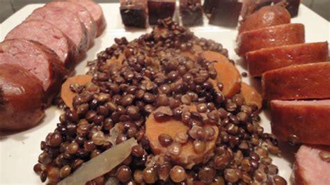 comment cuisiner la saucisse de morteau saucisses aux lentilles