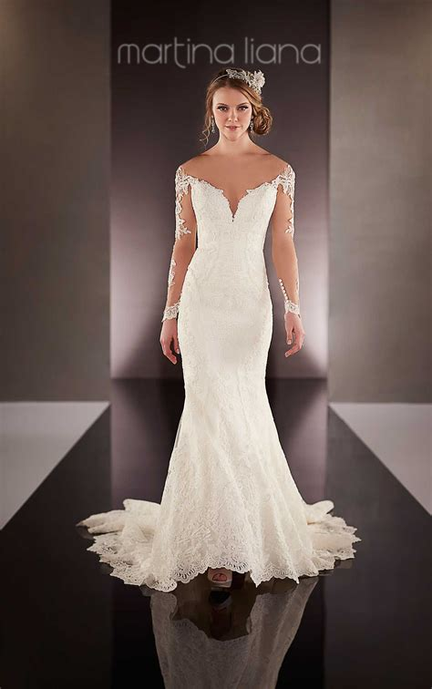 wedding dresses plunging neckline wedding dress