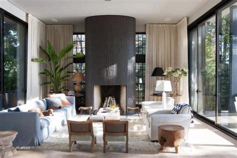 tendance deco salon  mix de couleurs  de meubles